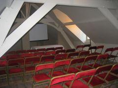 La salle de conférence (img_4804.jpg)